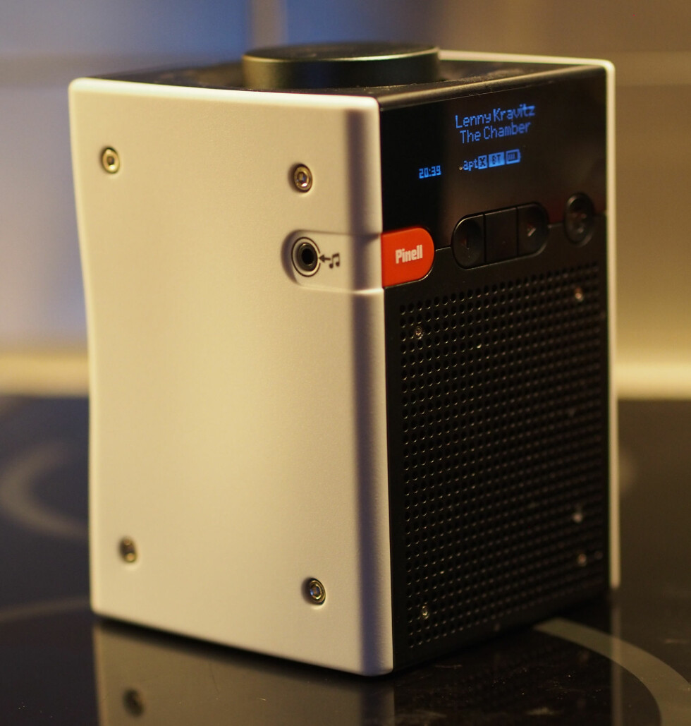 Go+ har fortsatt 3,5 millimeters jackinngang, hvis du vil koble til andre lydkilder via kabel. Foto: ØYVIND PAULSEN