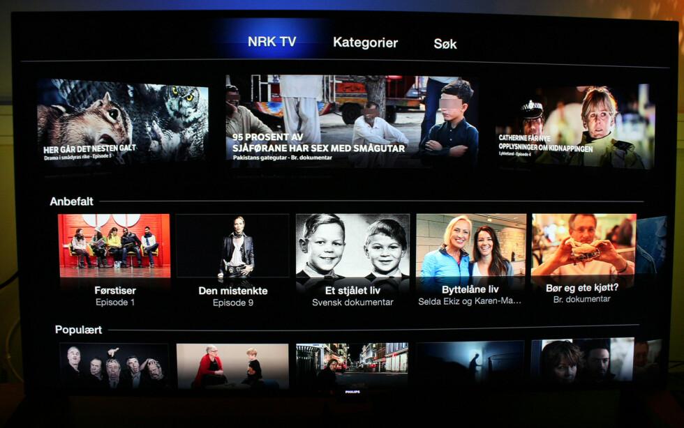 Slik ser hovedsiden til NRK-appen ut. Her får du servert NRKs egne anbefalinger samt populært og nytt innhold. Foto: KIRSTI ØSTVANG