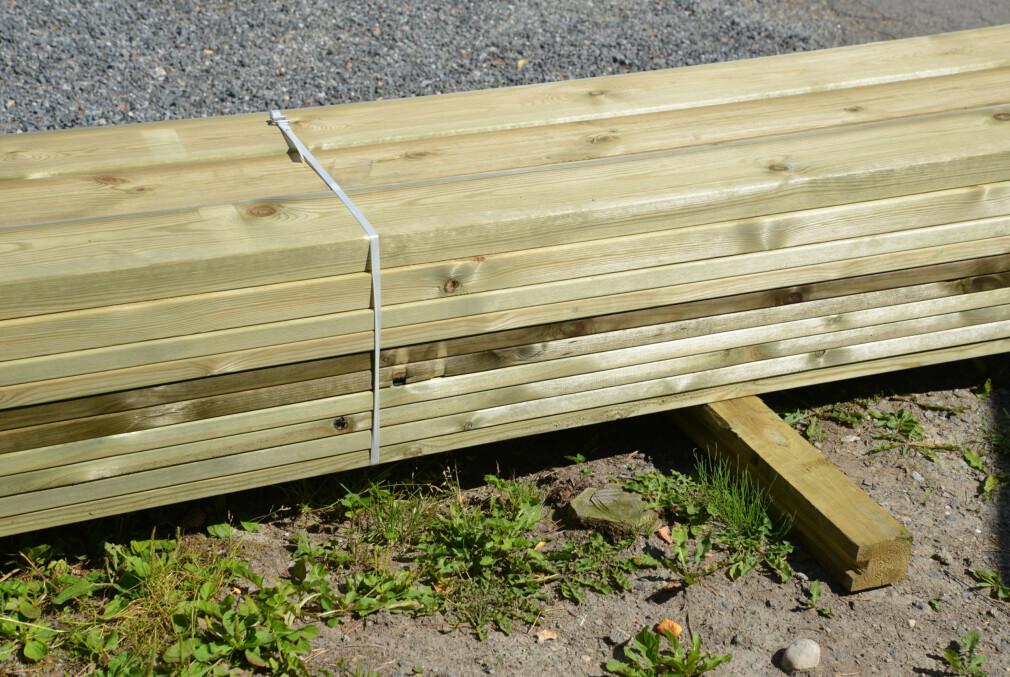 <b>LETT:</b> Å bygge terrasse er lettere enn mange tror. Les tipsene i saken under. Foto: Brynjuld Blix.