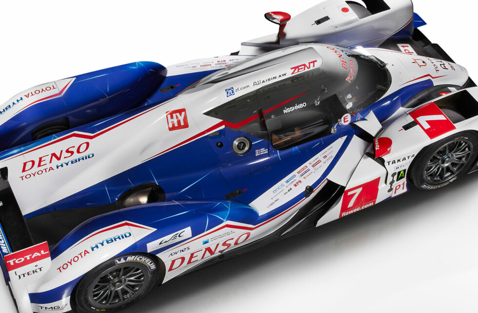 KONDENSATORER: Årets LeMans-racer, Toyota TS040, brukte kondensatorer i stedet for batterier.  Foto: TOYOTA