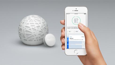 <strong><B>SLIK KAN DEN BLI BEDRE:</strong></B> Selvsagt kommuniserer Sense med mobilen, og produsenten vil åpne programvaren sin slik at alle kan lage apper til søvnballen. Foto: HELLO