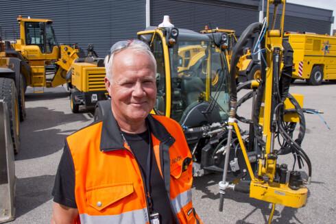 PÅ OSLO LUFTHAVN: Bjørn Meldal er lufthavnbetjent ved Oslo Lufthavn. Foto: PER ERVLAND