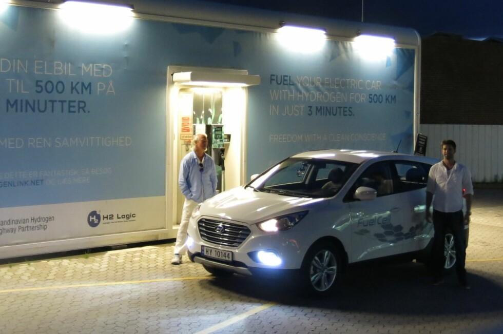 FOR FÅ STASJONER:Foreløpig er brenselcelleteknologiens største utfordring at det finnes så få hydrogenstasjoner. I dag finnes det kun tre i Norge.                                Foto: MARIUS BORNSTEIN