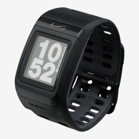 SOMMERTRENING: Salget av smarte treningsklokker øker naturlig nok på sommeren. Avbildet: Nike+ Sportwatch GPS. Foto: NIKE.COM