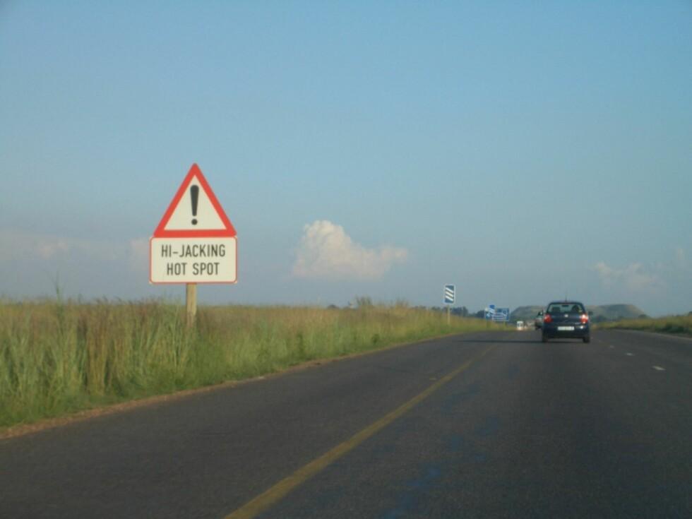 BRUK FORNUFT:Vær oppmerksom dersom du skal på bilferie i utlandet i sommer. Det er nemlig høysesong for landeveisrøveri. Foto: Wikimedia commons