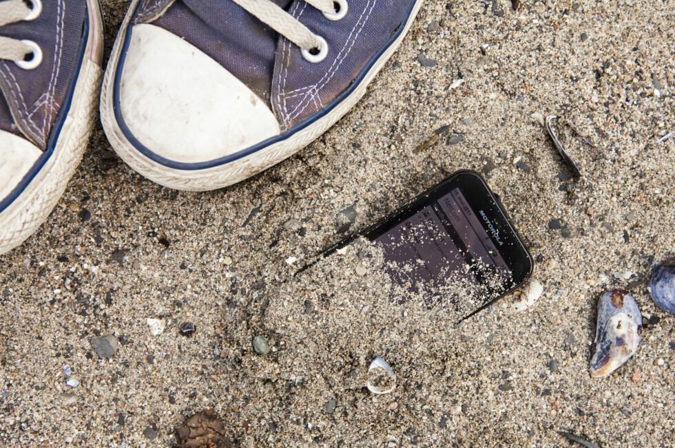 NYE MAKSPRISER: Hvor mye mobiloperatørene kan ta betalt for ringeminutter, datatrafikk og SMS går kraftig ned fra og med i dag. Foto: PER ERVLAND