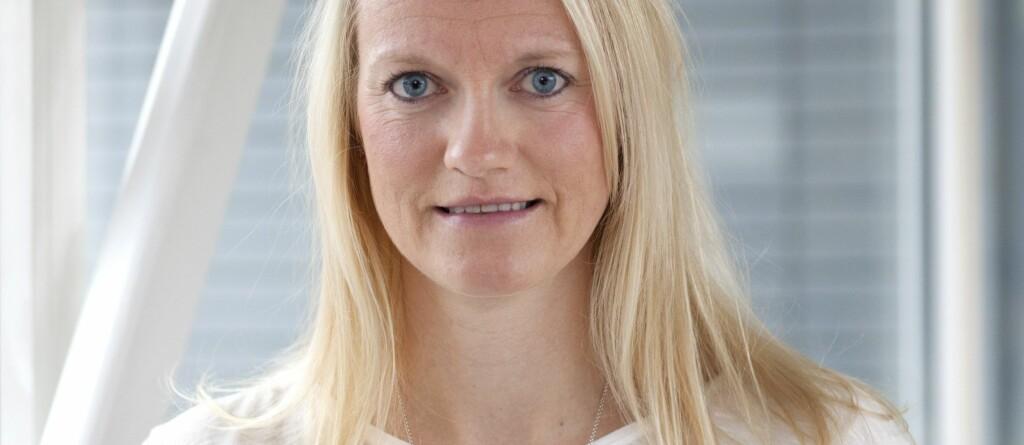 <b>LAVERE RENTE:</b> Hanne Bjertnes, kommunikasjonsrådgiver i Lånekassen, varsler rekordlav rente på studielån fra høsten. Men det er ikke alt som er nytt. Foto: LÅNEKASSEN