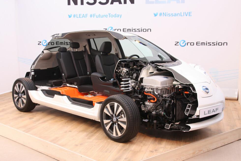 MER ÅPENHET: Batteripakken i Nissan Leaf har nå fått en offisiell prislapp. I USA koster den netto 34.000 kroner - før montering. Foto: KNUT MOBERG