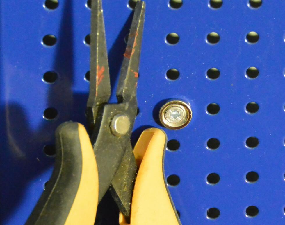 <strong><B>KONTAKT:</strong></B> God kontaktflate er viktig for å få verktøyet til å sitte på magneten. Foto: BRYNJULF BLIX