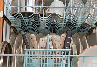 Hvilken vei skal bestikket stå i oppvaskmaskinen?