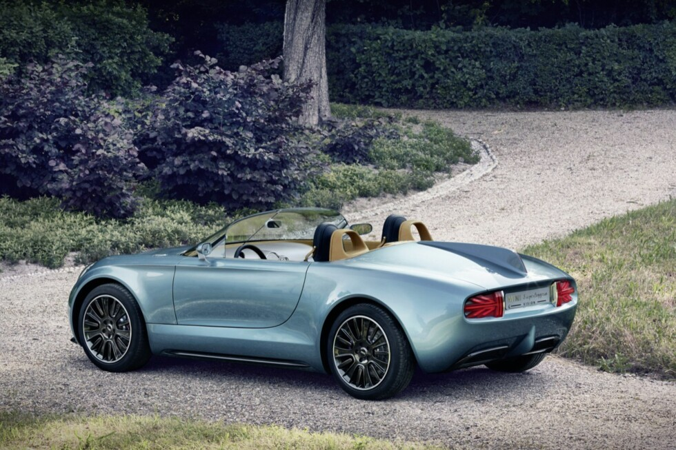 RESULTATET: Slik ble det ferdige produktet og, nei - det er altså verken en Jaguar eller en BMW - men en Mini. Dens fulle navn er Mini Superleggera Vision Concept Foto: MINI