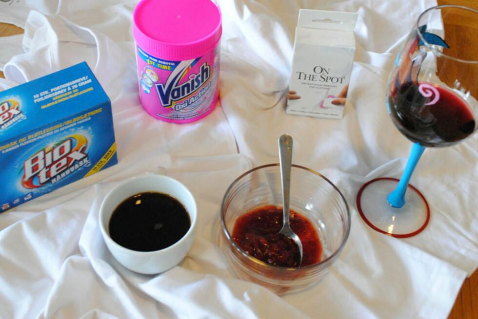 FLEKKFJERNING: Kaffe, syltetøy og rødvin setter vanskelige flekker. Vi har testet midlene fra Bio-tex, Vanish og On The Spot. Kaffeflekken var den største utfordringen, men vi har fått en flekkfjerningsfavoritt. Foto: HANNA BLISTEN