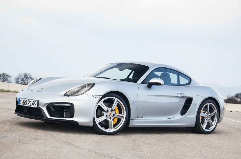 Porsche Cayman GT4: Cayman kommer i sin heftigste versjon noensinne i løpet av året som kommer. Her som GTS, foreløpig hefitgste.   Foto: PORSCHE