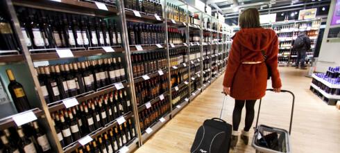 Dropp tobakk, kjøp mer alkohol