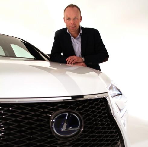 STOLT: Jan Christian Holm fra Lexus Norge innrømmer å være en stolt gubbe, for tredje år på rad. Foto: FRED MAGNE SKILLEBÆK/DINSIDE.NO Foto: Fred Magne Skillebæk