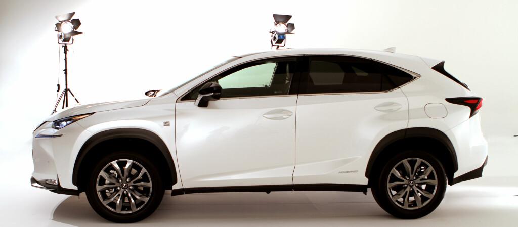 <b>VINNER IGJEN:</b> Lexus tar seieren igjen i den årlige kåringen Auto Index. Her representert med høstens nykommer, NX 300h. Foto: FRED MAGNE SKILLEBÆK/DINSIDE.NO