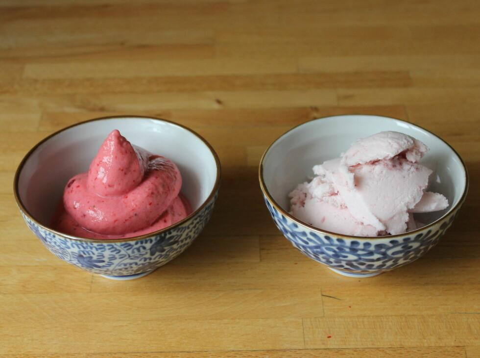 ENKELT: Den hjemmelagete til venstre ser mest ut som frozen yoghurt fra maskin (om enn litt mørk på farge), mens Hennig Olsens smakte mest som det. Foto: ELISABETH DALSEG