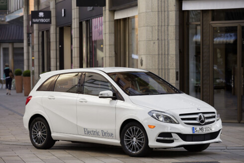 TRADISJONELL: Mercedes har, på lik linje som VW, valgt å lansere sin elektriske serie i den eksisterende modellparken. Foto: MERCEDES_BENZ