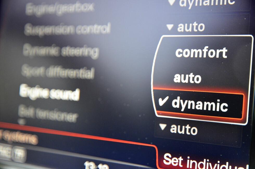 Merkelig styringVed å sette styringen i dynamic får bilen en kunstig tyngde som legger en ufølsomme hinne over responsen. Foto: STEIN INGE STØLEN