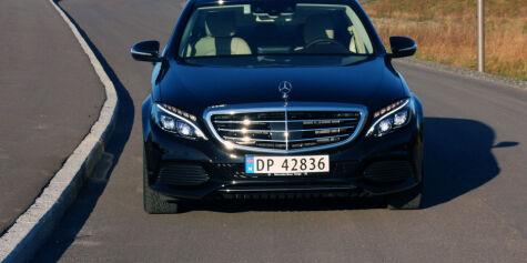 image: TEST: Nye Mercedes C 180