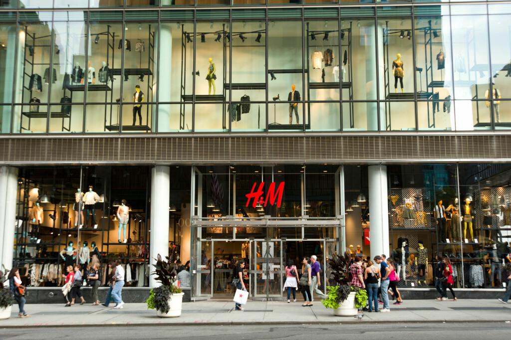 DET ARBEIDERNE SIER ER OK: H&M definerer levelønn som det tekstilarbeiderne selv mener er en rettferdig levelønn.  Foto: ALLOVER