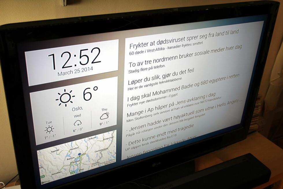 PERSONLIG HJEMSKJERM: Med MyCastScreen kan du få en Google Now-lignende hjemskjerm på TV-skjermen din. Her listes det opp siste nytt fra Dagbladet. Foto: KIRSTI ØSTVANG