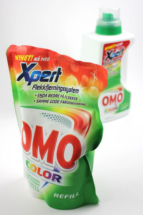 IKKE STORT Å TJENE: Omo Color er så og si like kostbart som både refill og flaske.  Foto: OLE PETTER BAUGERØD STOKKE