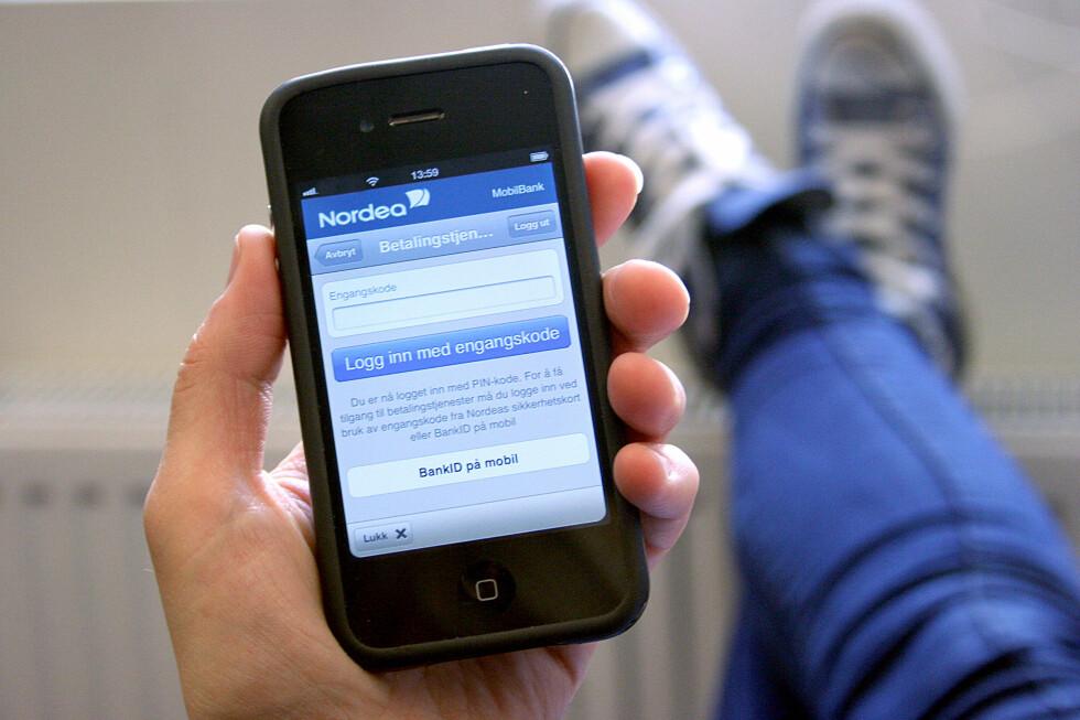 TAR BETALT: Fra 1. mai vil det koste penger for Telenor-kunder å benytte BankID på mobil.  Foto: BERIT B. NJARGA