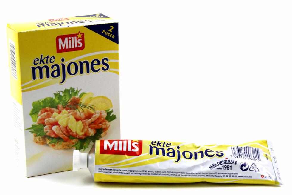 65 PROSENT DYRERE: Mills Ekte Majones koster 85 kroner kiloen i plast, og 140 kroner kiloen i metall.  Foto: OLE PETTER BAUGERØD STOKKE