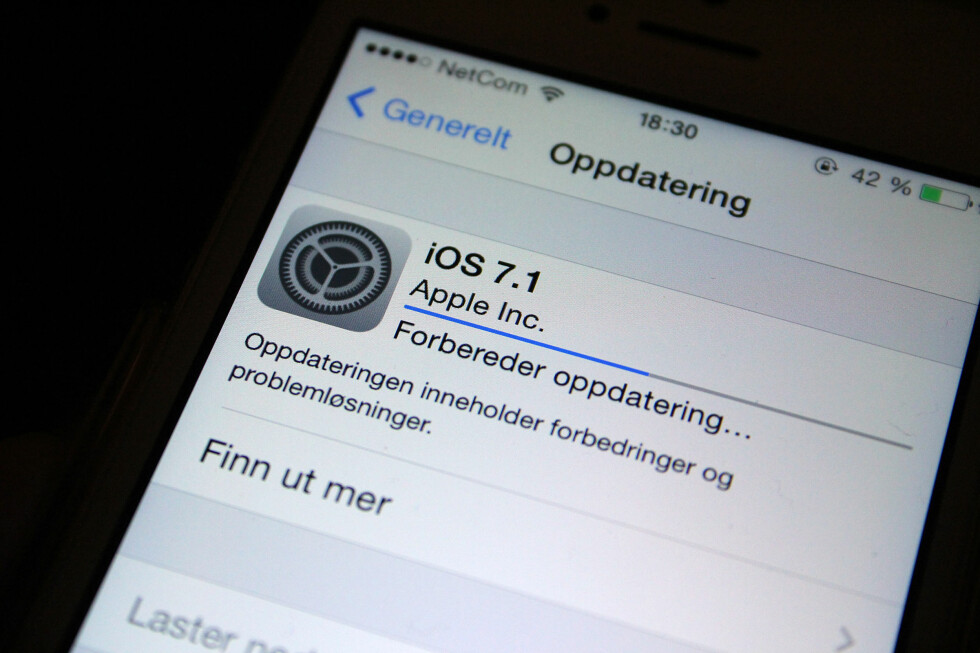 UTE NÅ: Nyeste versjon av Apples operativsystem til iPhone og iPad er klar for nedlasting. Foto: KIRSTI ØSTVANG