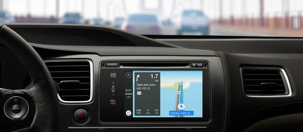 <B>MOBIL I BILEN:</B> Slik ser Apples CarPlay ut i en Honda. Ikke så veldig enkelt å se forskjell fra en vanlig GPS, men det er først og fremst integrasjonen og samarbeidet mellom bil, fører og mobil som er hovedpoenget med tjenesten. Foto: Apple