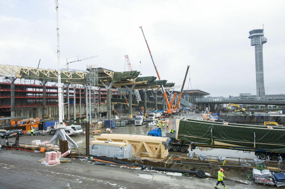 Terminalbygget utvides. Foto: PER ERVLAND