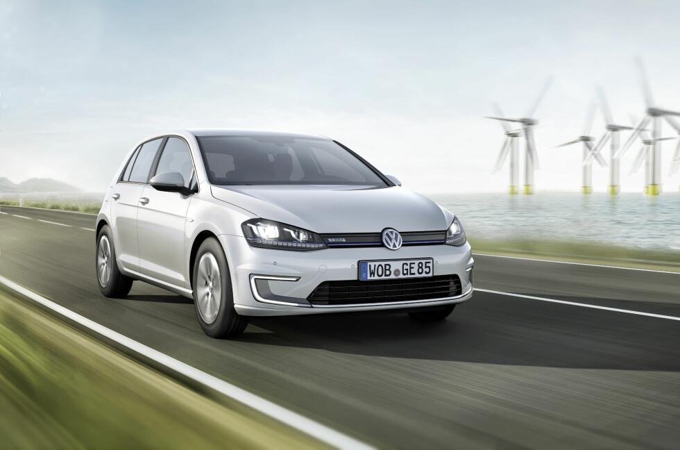 Kun få timer etter at bestillingen åpnet hadde 1200 kunder bestilt ny VW e-Golf. Bilen kommer på markedet i juni. Foto: VW