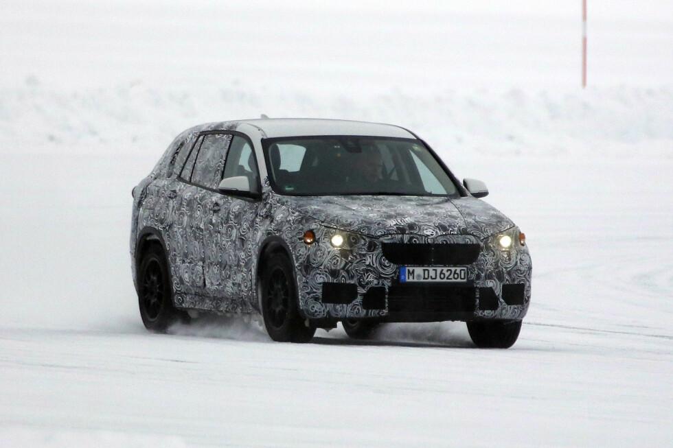 FORHJULSTREKK: Neste generasjon BMW X1 er nå på vintertest under tøffe forhold. Foto: AUTOMEDIA