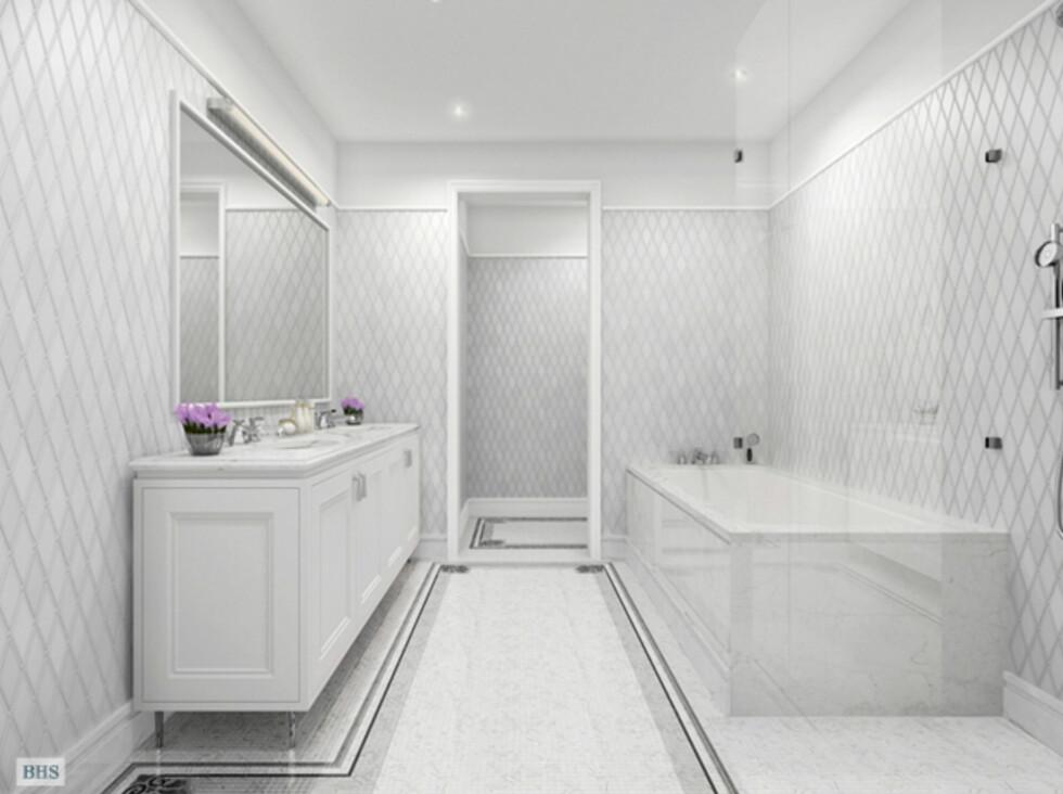 Baderommet med Carrara-marmor fra Italia og itlalienske Sicisl mosaikkfliser. Foto: 22centralparksouth.com