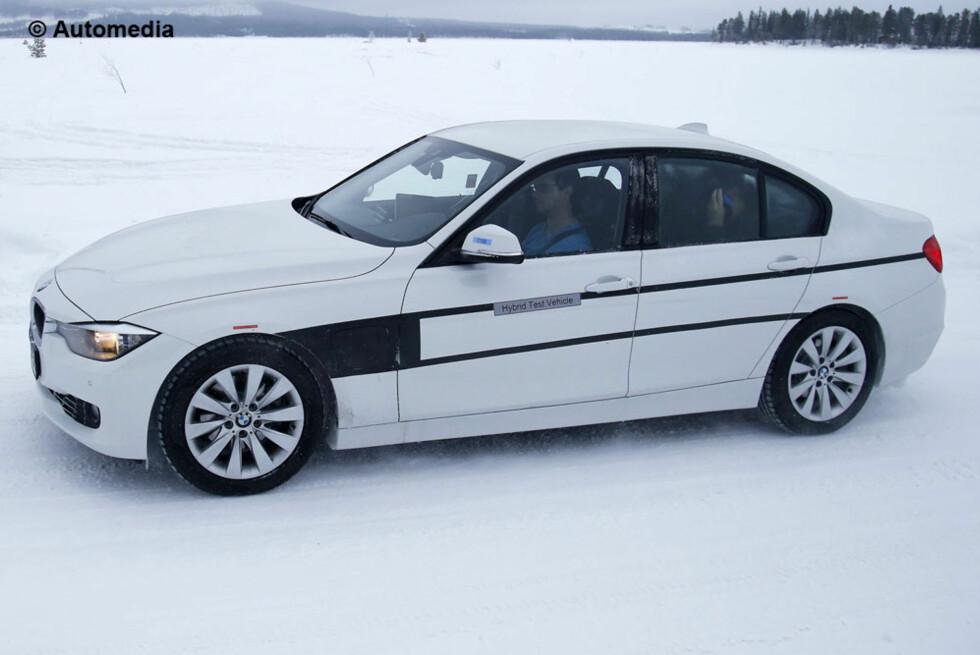 PLUGG RETT INN: Her er spionfotografiet av BMWs kommende plug-in-hybrid.