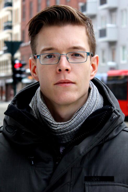 ØYEÅPNER: Einar Otto Stangvik håper søkemotoren hans vil øke bevisstheten rundt sikkerhet i Norge.  Foto: OLE PETTER BAUGERØD STOKKE