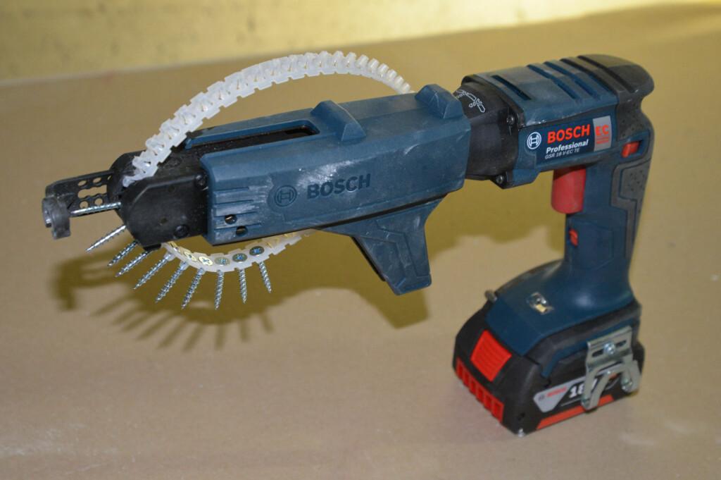 <B>SPARER MYE TID:</B> Med en børsteløs skruautomat blir skrujobben betydelig enklere. Foto: Brynjulf Blix