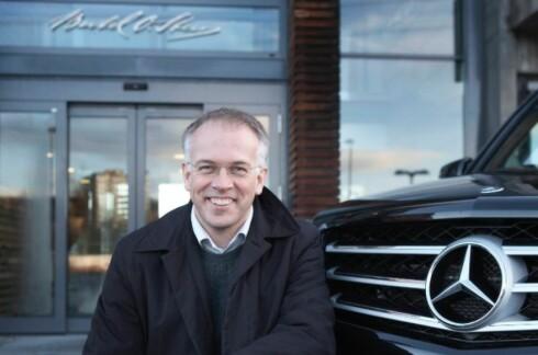 FREMTIDSRETTET: Mercedes-Benz-sjef i Norge, Johnny Kristian Danielsen, ser for seg fremtidsutviklingen innen drivlinjer som en tre-trinns rakett. Foto: Mercedes-Benz