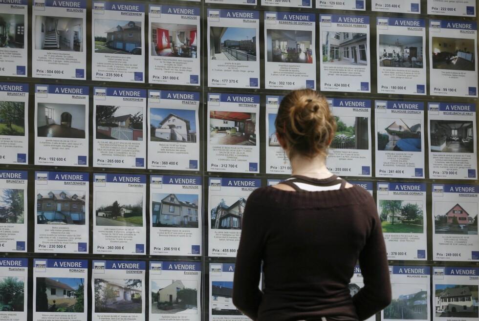 Hvor går egentlig boligprisene? Det er det store spørsmålet både kjøperne og selgerne lurer på. Foto: Colourbox.com