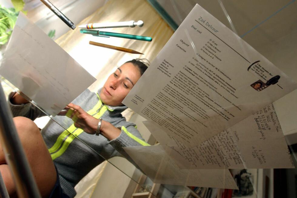 Tilpass søknaden og CV-en til jobben du søker på. Foto: COLOUBOX
