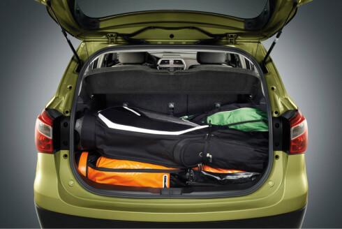 Ikke la golfutstyret ligge i bilen mellom slagene. Det øker forbruket på den øvrige kjøringen.  Foto: Suzuki
