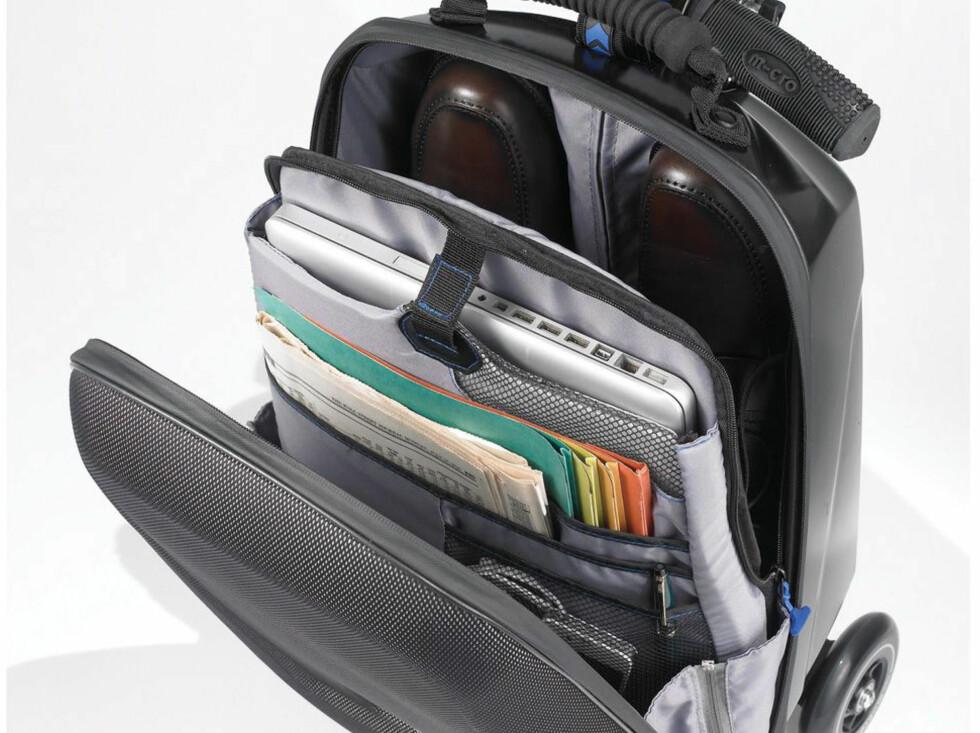 Kofferten har flere lommer og plass til laptop - praktisk for forretningsreisende. Foto: Antonsport.no