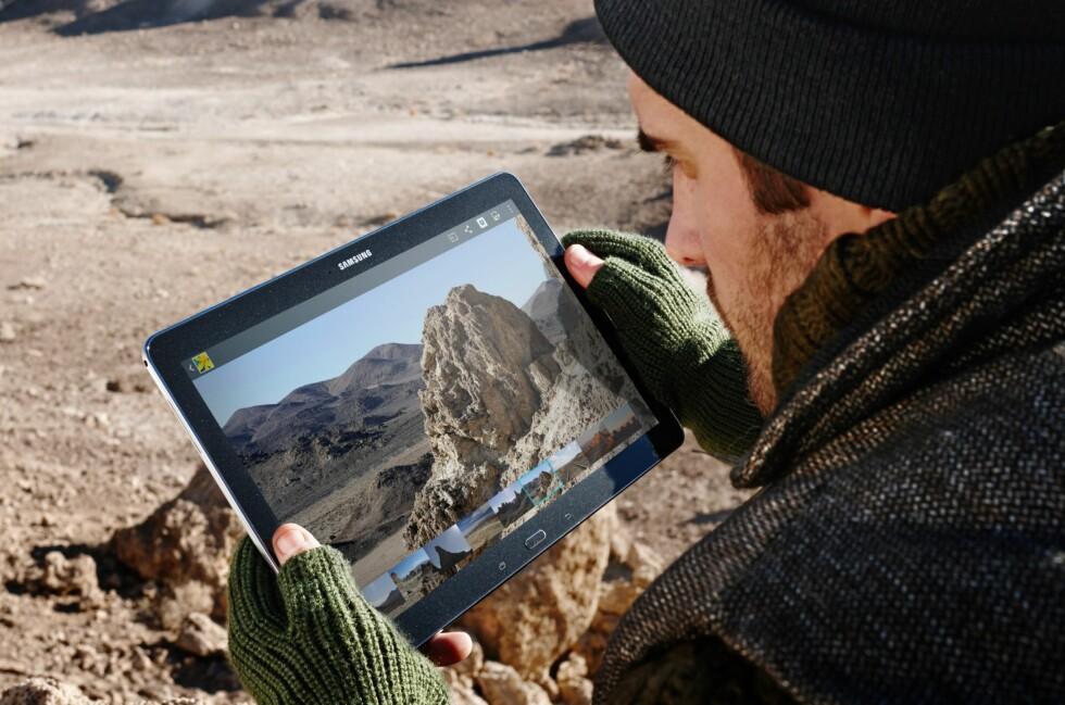 Toppmodellene i TabPRO- og NotePRO-serien kommer med 12,2 tommer skjermer med svært høy oppløsning. Foto: Samsung