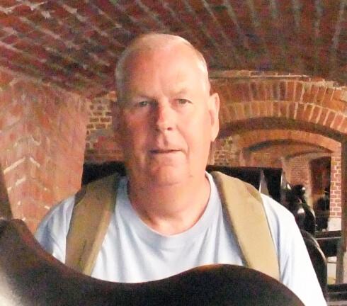 Olav Tofte Larssen ble fratatt taxfreevarene på Gardermoen, fordi posen var feil! Foto: Privat