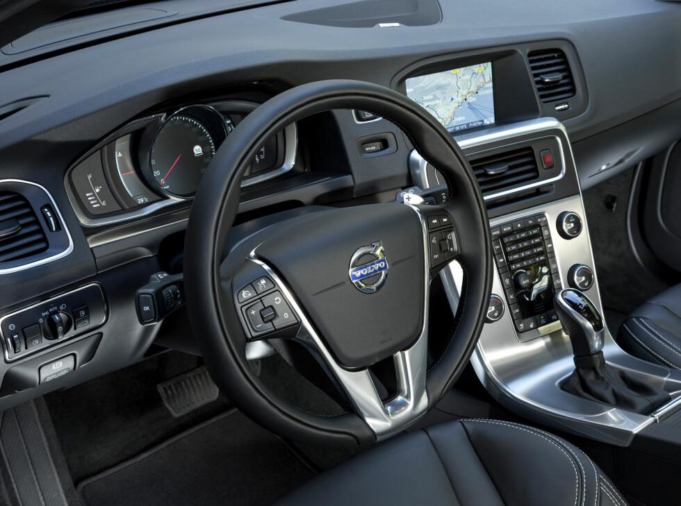 Innvendig er det fortsatt kjent Volvo-stil. Praktisk og snusfornuftig.  Foto: Lord Arnstein Landsem
