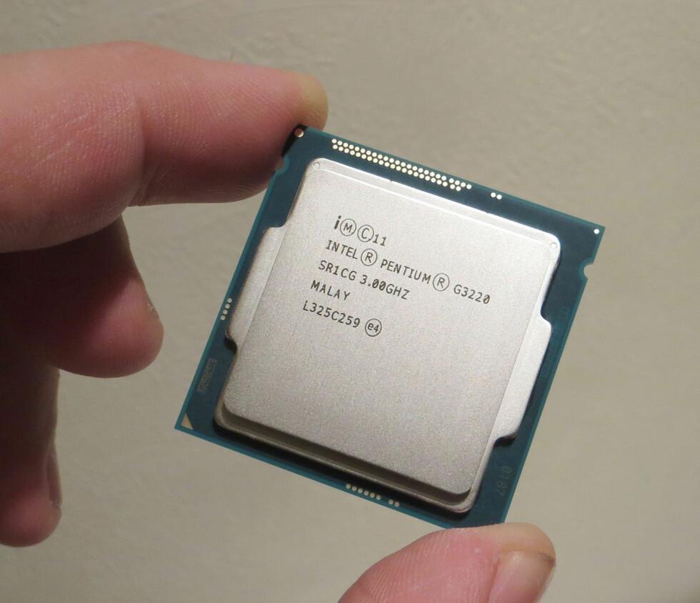 Intel Pentium G3220.