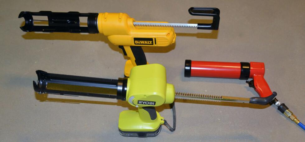 Fugepistoler med batteri eller for trykkluft gjør fugejobbene langt enklere. Foto: Brynjulf Blix