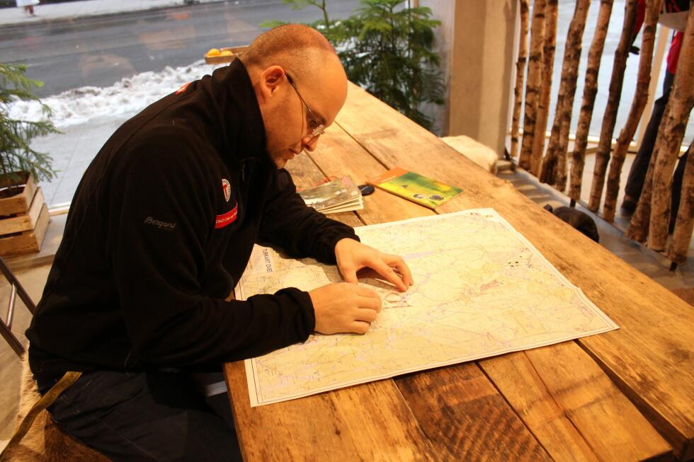 ENGASJERT: DNTs mann ivrer for at flere skal lære seg kart og kompass.  Foto: Thomas Strzelecki