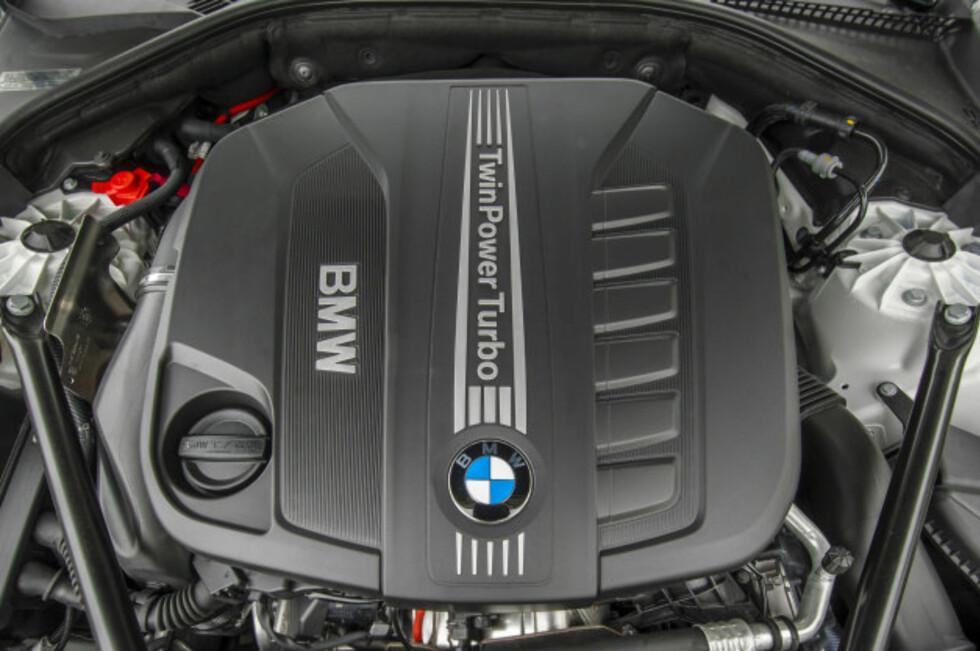 DIESEL I TOPP: BMWs dieseldrevne rekkesekser i BMW 535d ble kåret til en av Ward's topp-ti motorer i verden. Foto: BMW